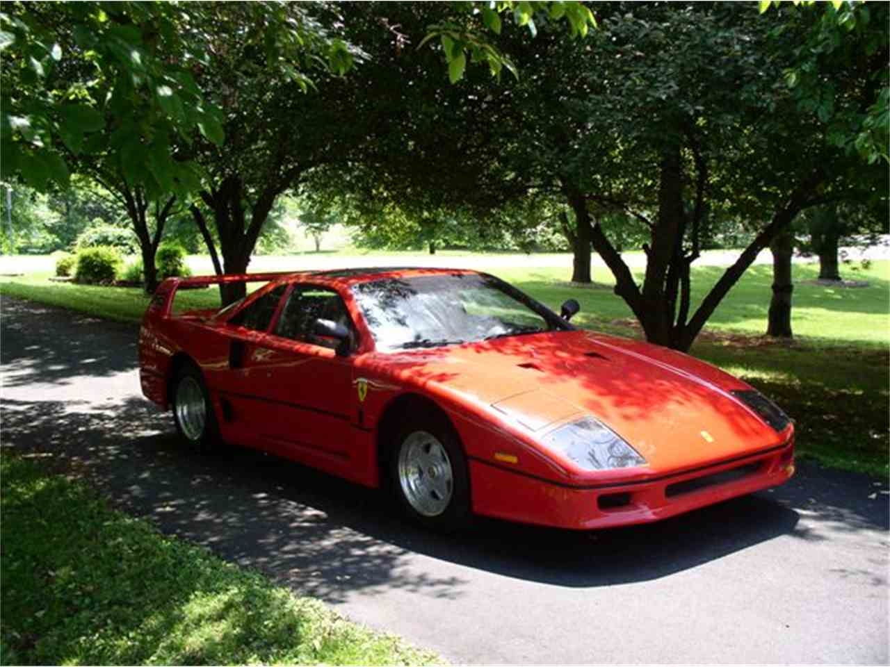 Large Picture of '86 F40 Replica - HCST