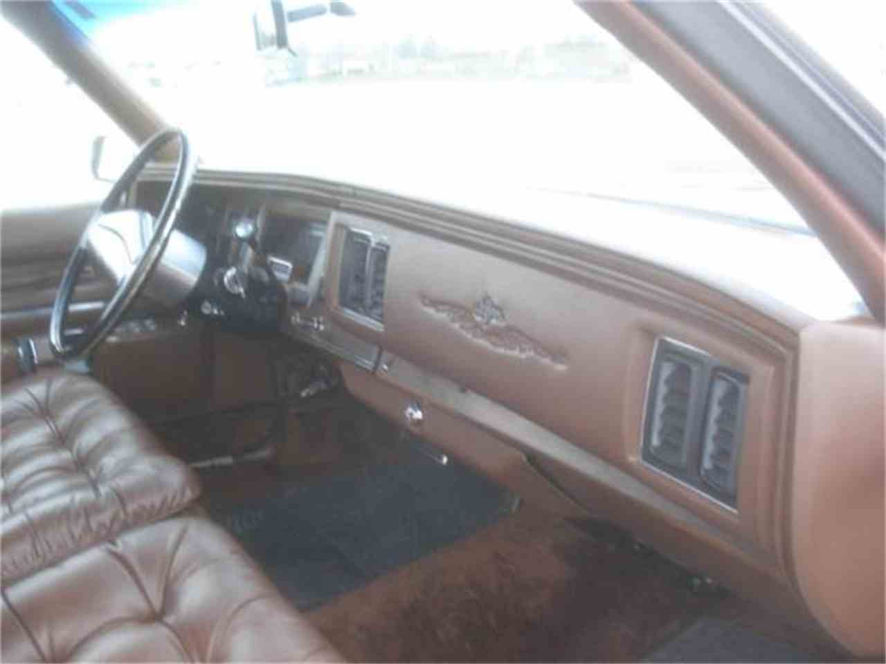 Large Picture of 1974 Chrysler Imperial located in South Dakota Offered by Gesswein Motors - HEYE