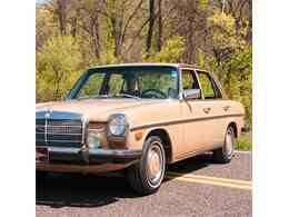 Picture of 1975 Mercedes-Benz 300D located in Missouri - $10,900.00 Offered by MotoeXotica Classic Cars - HF5F