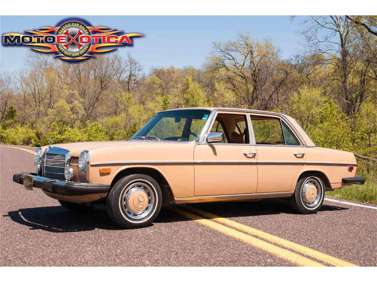 Large Picture of '75 300D - $10,900.00 Offered by MotoeXotica Classic Cars - HF5F