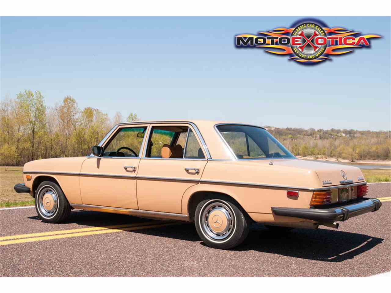 Large Picture of '75 300D located in St. Louis Missouri - $10,900.00 Offered by MotoeXotica Classic Cars - HF5F