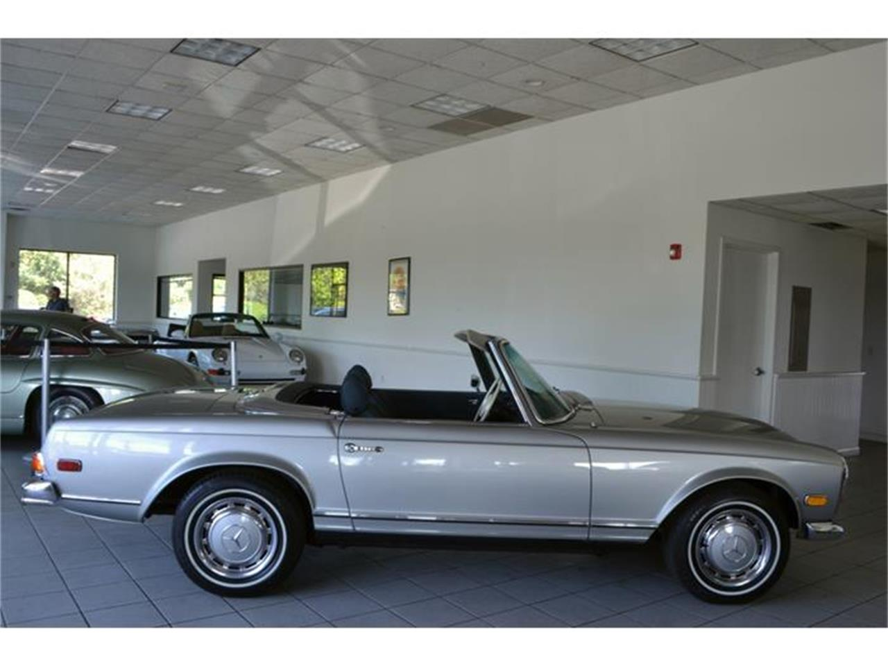 Large Picture of Classic '71 Mercedes-Benz 280SL - $180,000.00 Offered by Aventura Motors - HGGT