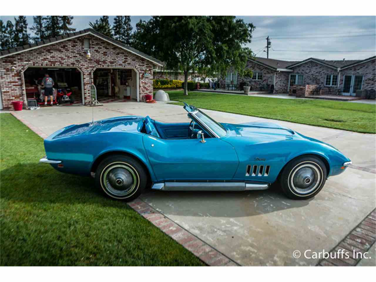 Large Picture of '69 Corvette - HGME