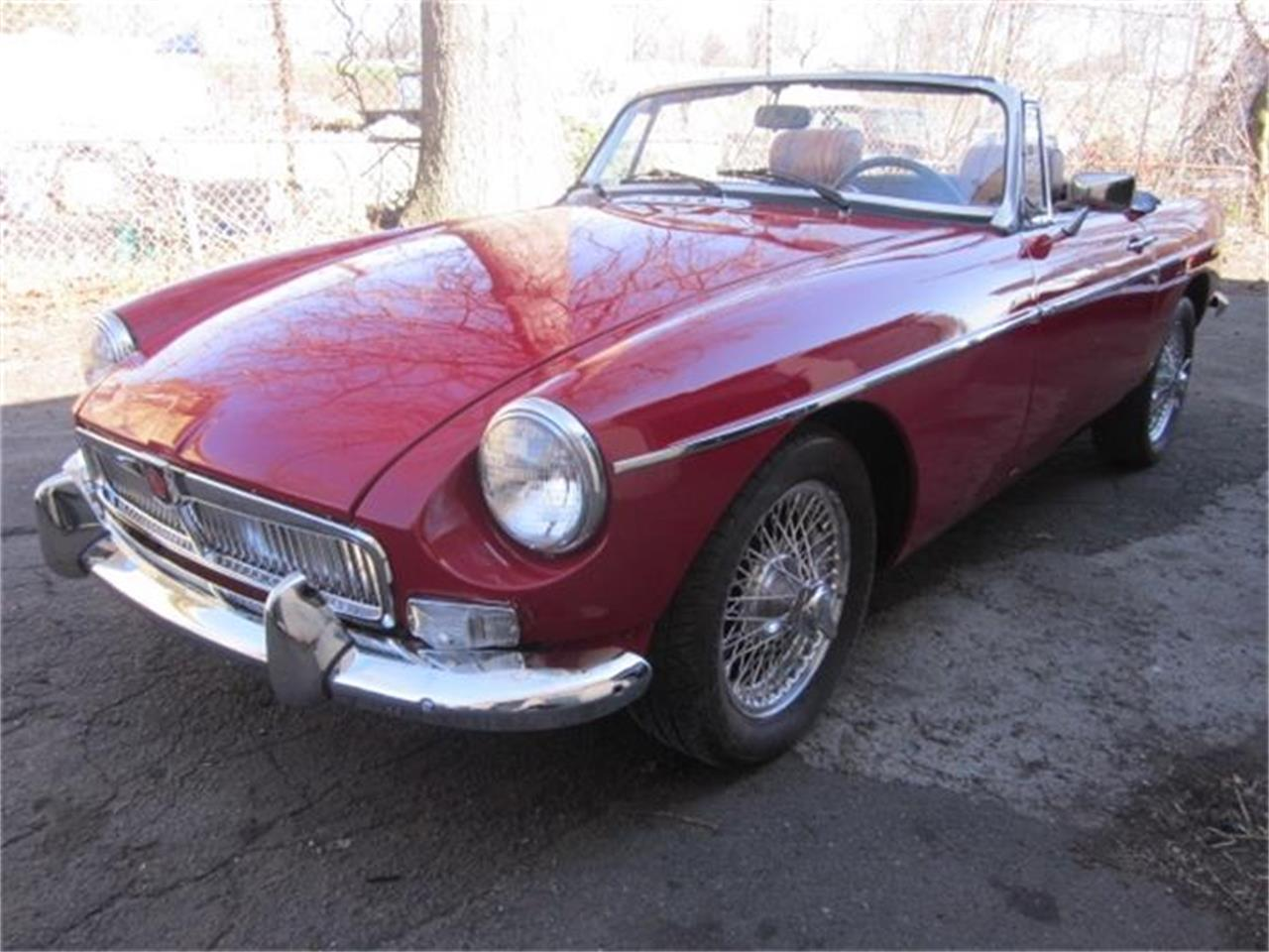 Large Picture of '76 MGB - $16,900.00 Offered by The New England Classic Car Co. - HHIB