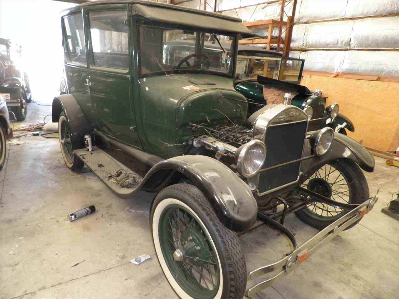 Large Picture of Classic '26 2-Dr Sedan - HHN9
