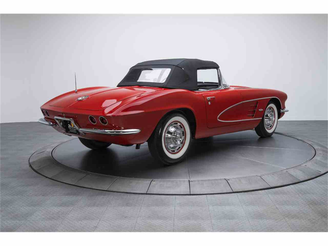 Large Picture of '61 Corvette - HHNG