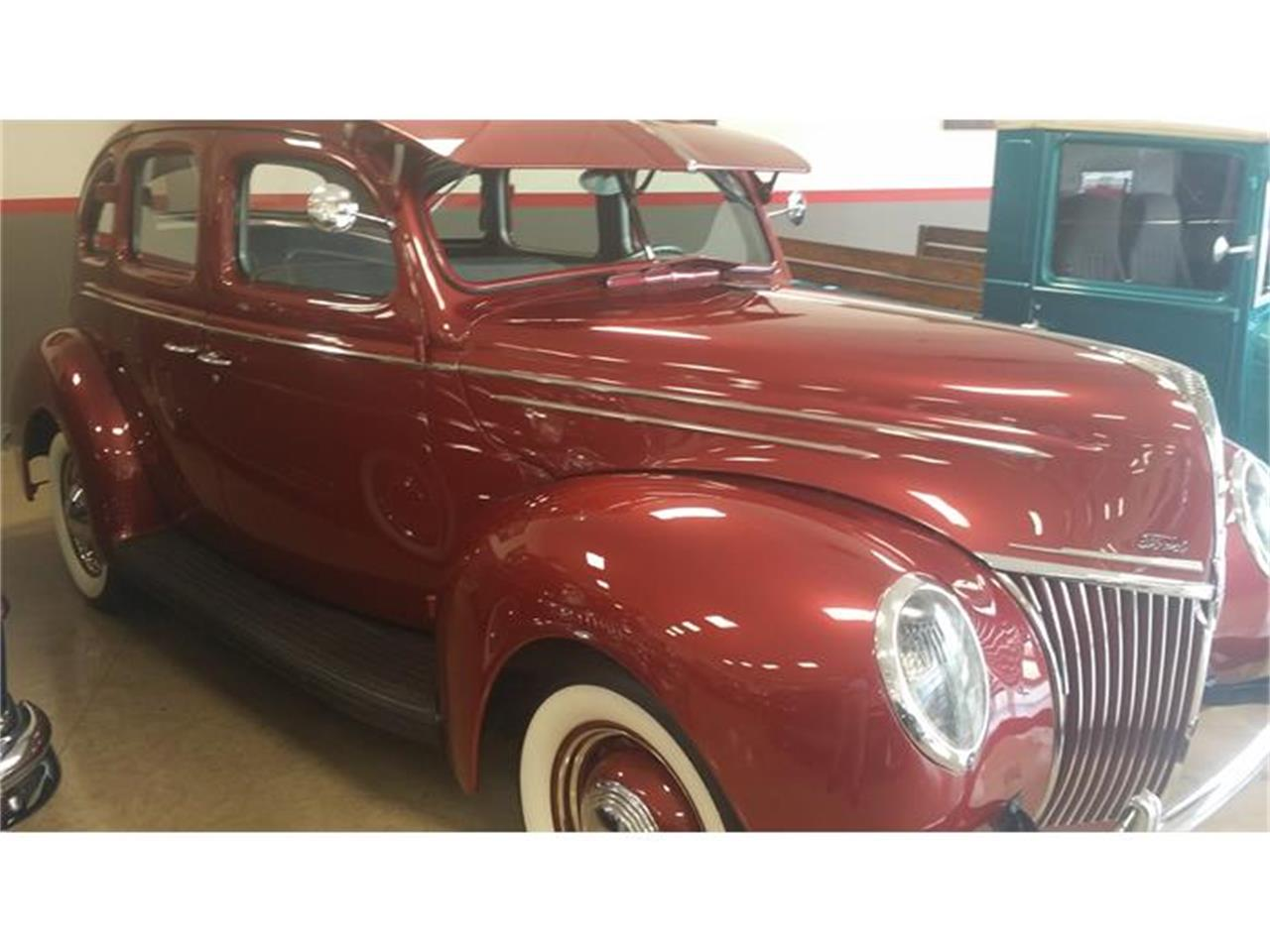 Large Picture of Classic '39 Deluxe - HI65