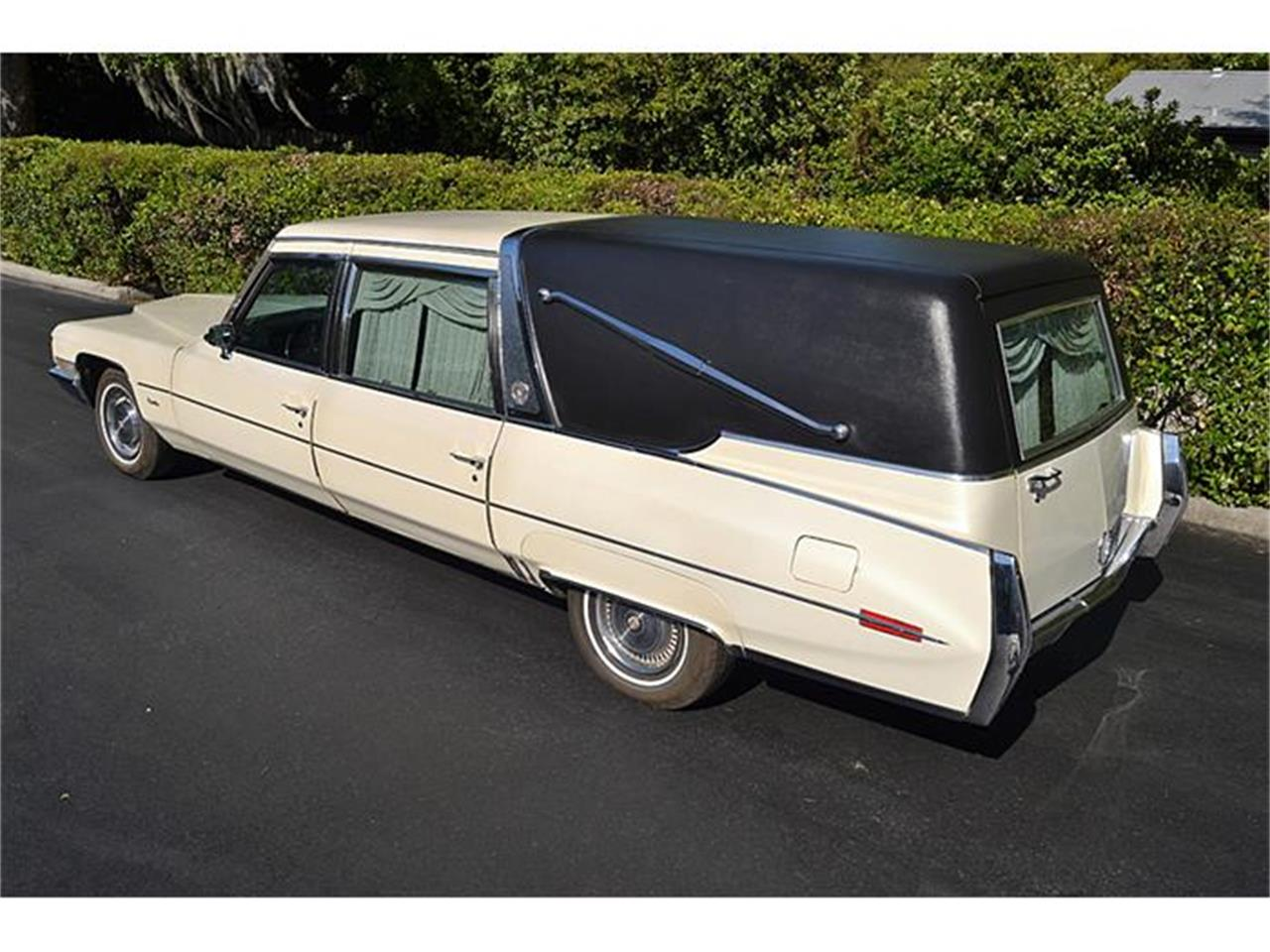 1971 Cadillac Crown Superior Hearse in Mount Dora (Orlando), Florida