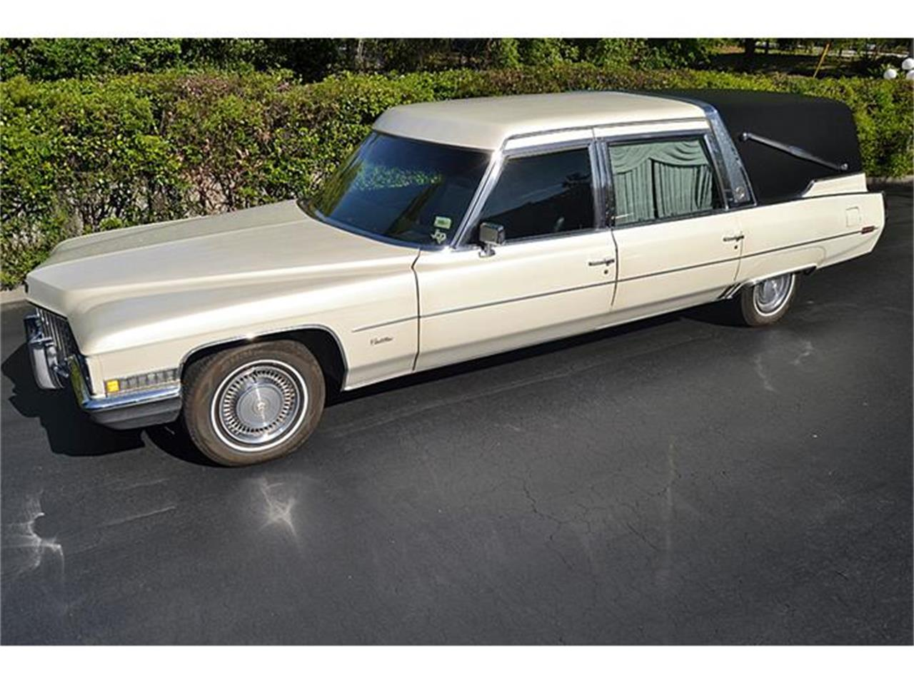 Large Picture of '71 Crown Superior Hearse - HIJ7