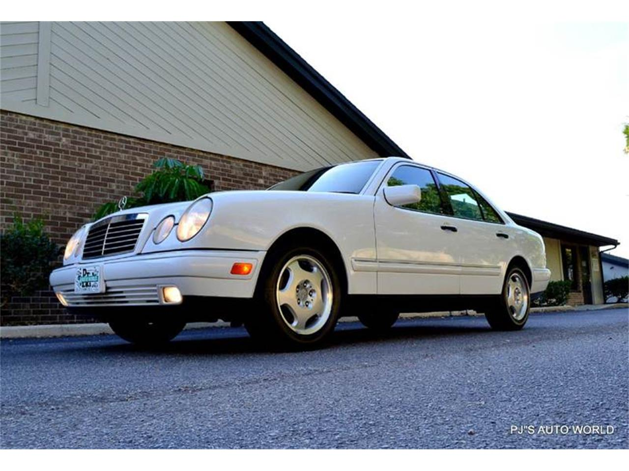 Large Picture of '99 E-Class - HIM7