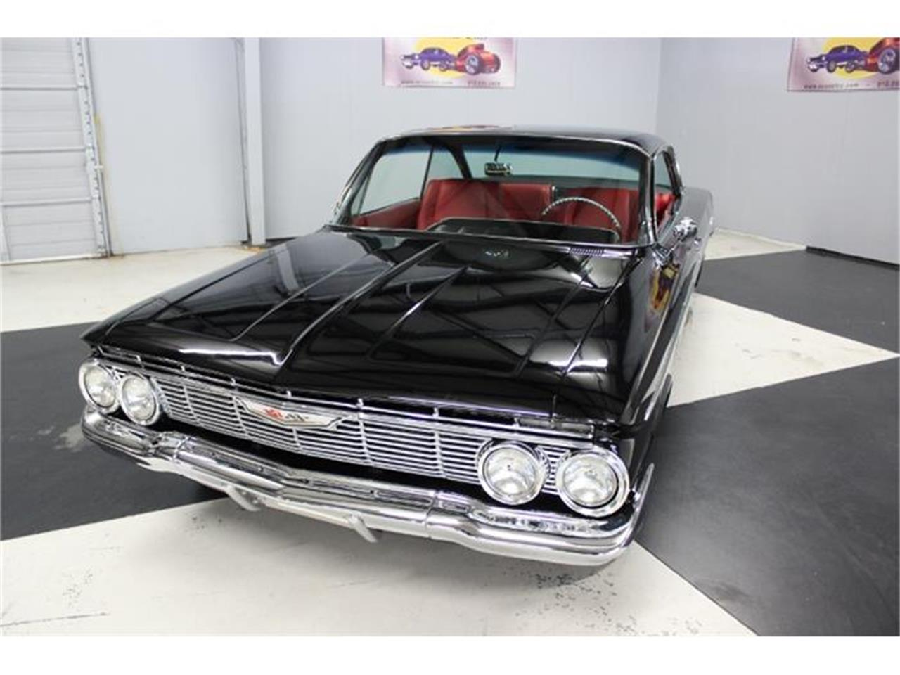 Large Picture of Classic 1961 Chevrolet Impala located in Lillington North Carolina - HJ60