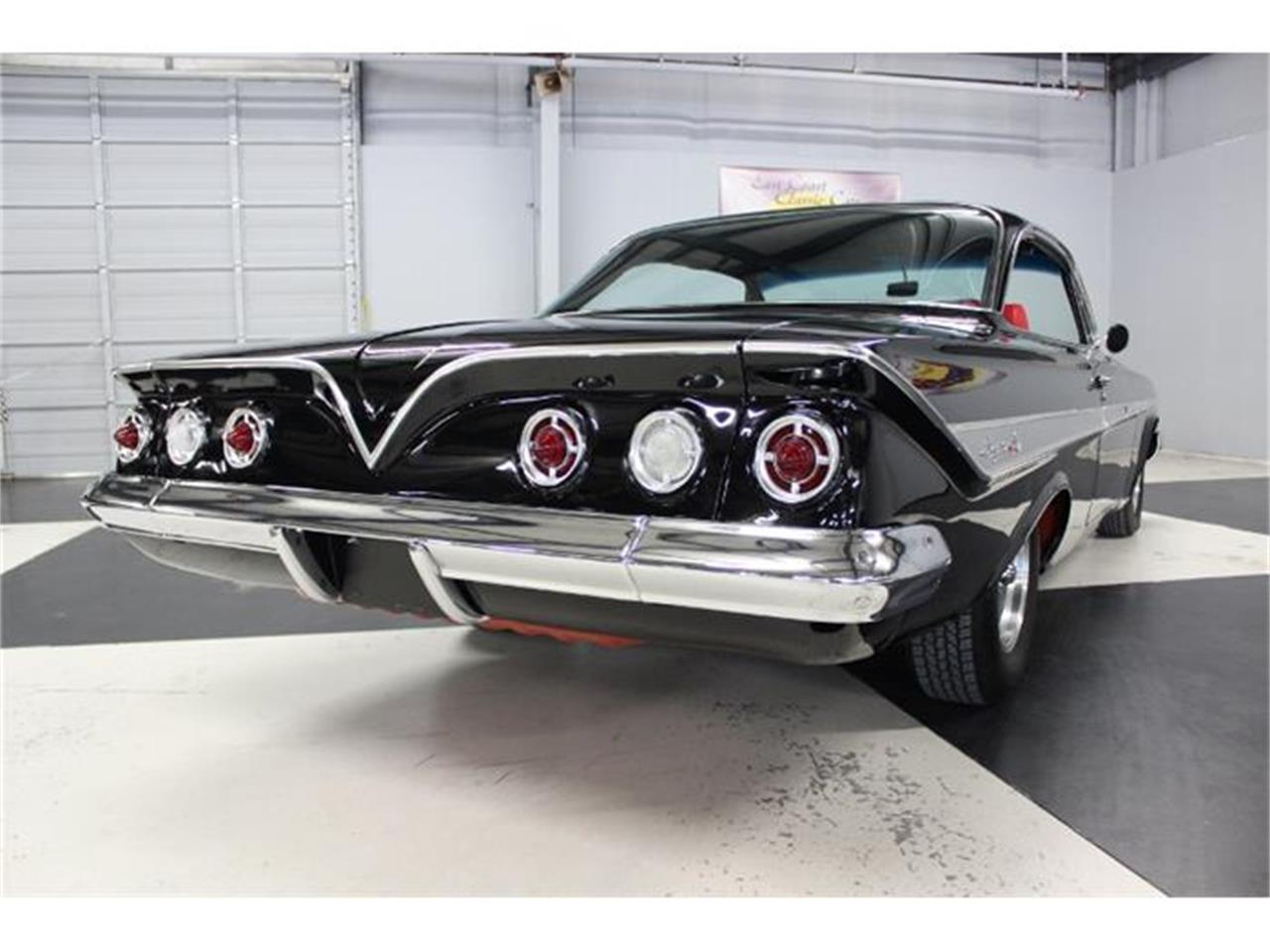 Large Picture of Classic 1961 Impala - HJ60