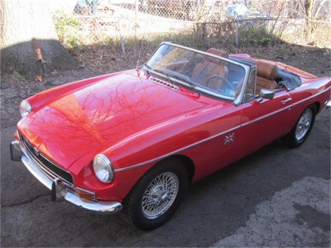 Large Picture of '74 MGB - HJ8S