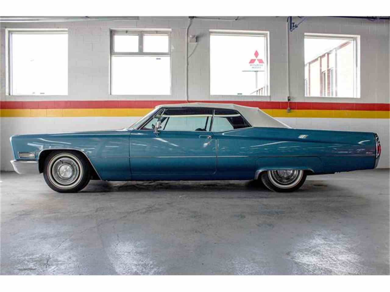 Large Picture of Classic 1968 Cadillac DeVille located in Quebec Offered by John Scotti Classic Cars - HLNW