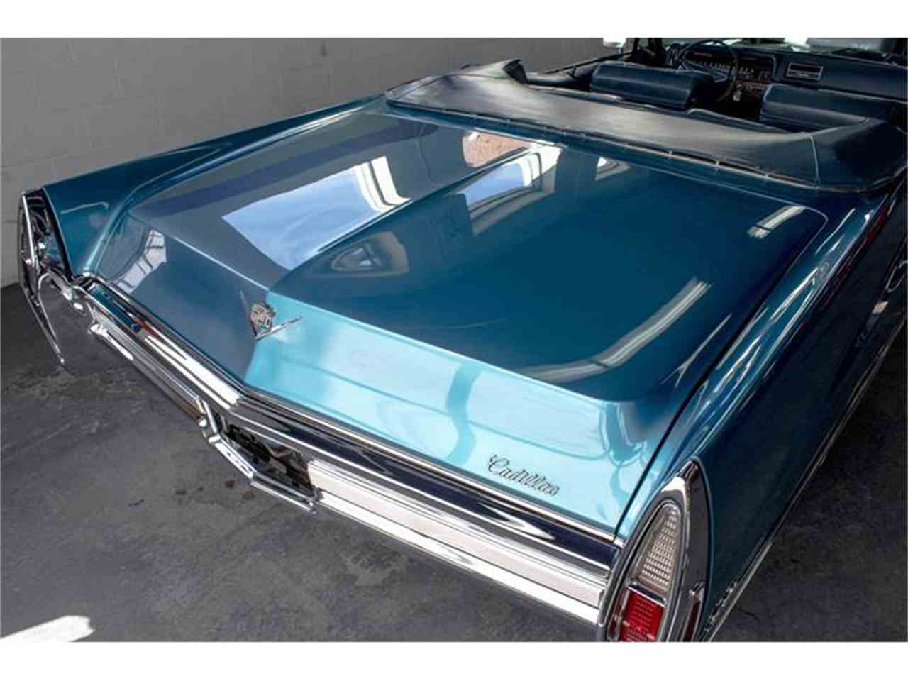 Large Picture of 1968 Cadillac DeVille Offered by John Scotti Classic Cars - HLNW