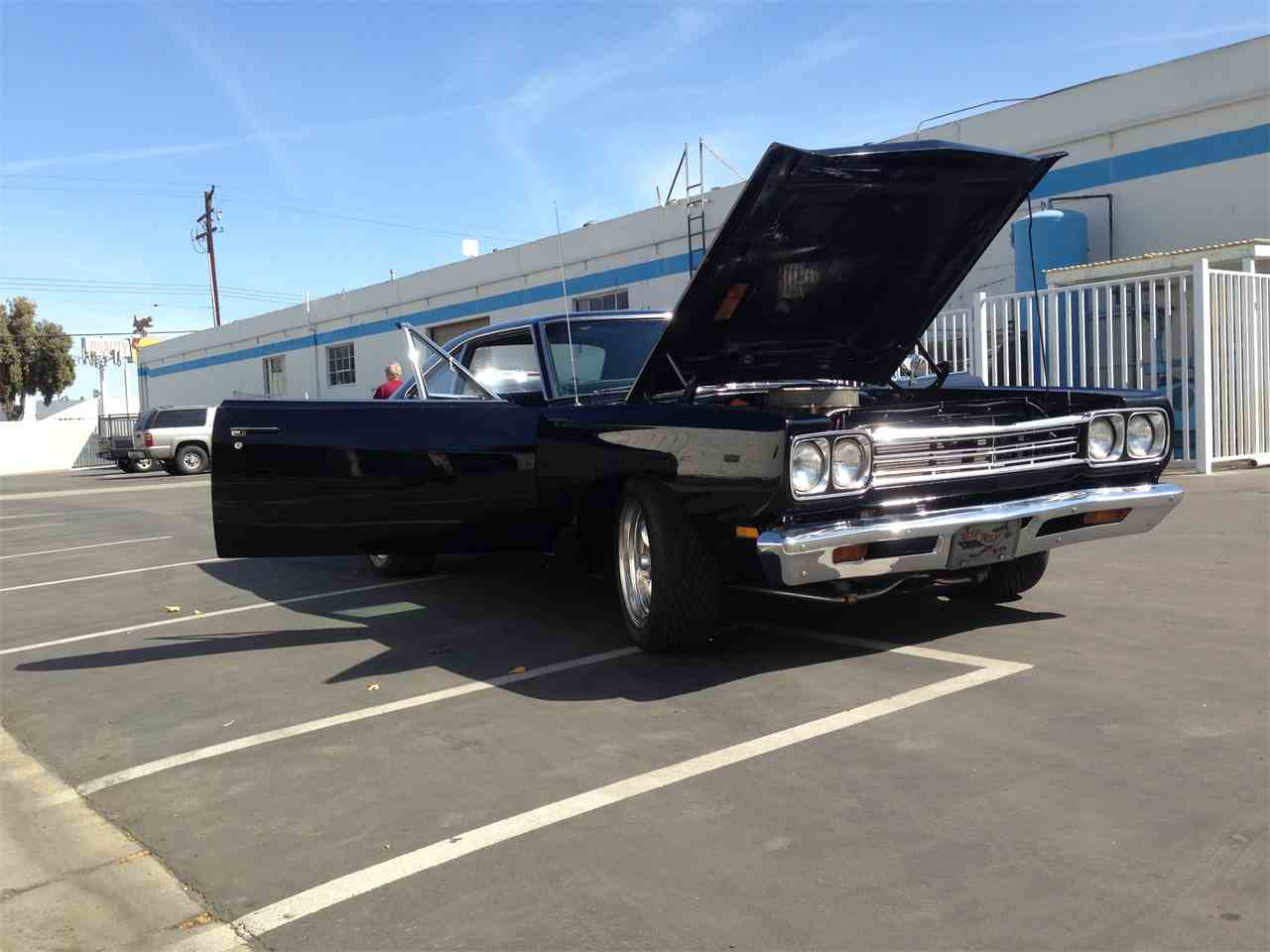 Large Picture of '69 Road Runner - HMBL