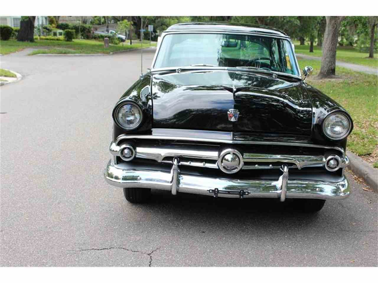 Large Picture of 1954 Ford Crestline located in Florida - HMCE