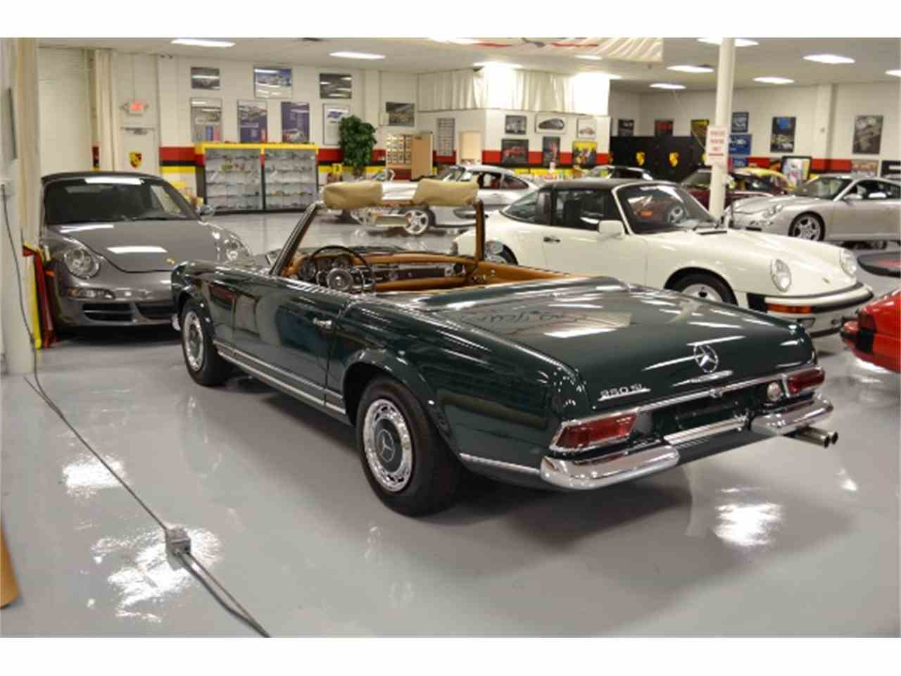 Large Picture of Classic 1967 250SL Offered by Tampa Bay Sports Cars - HN9P