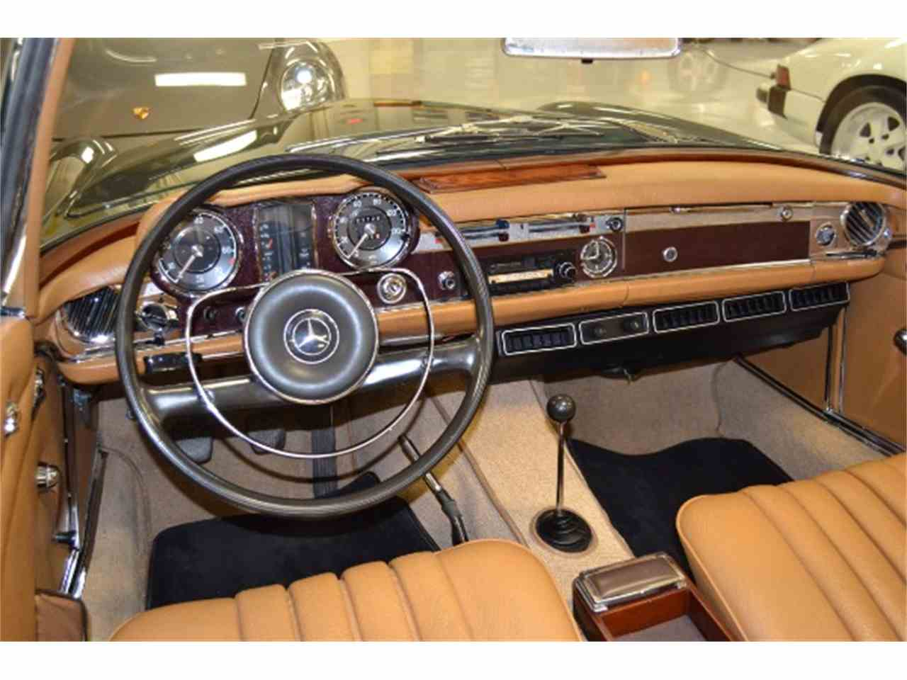 Large Picture of Classic 1967 Mercedes-Benz 250SL located in Florida - $70,250.00 - HN9P