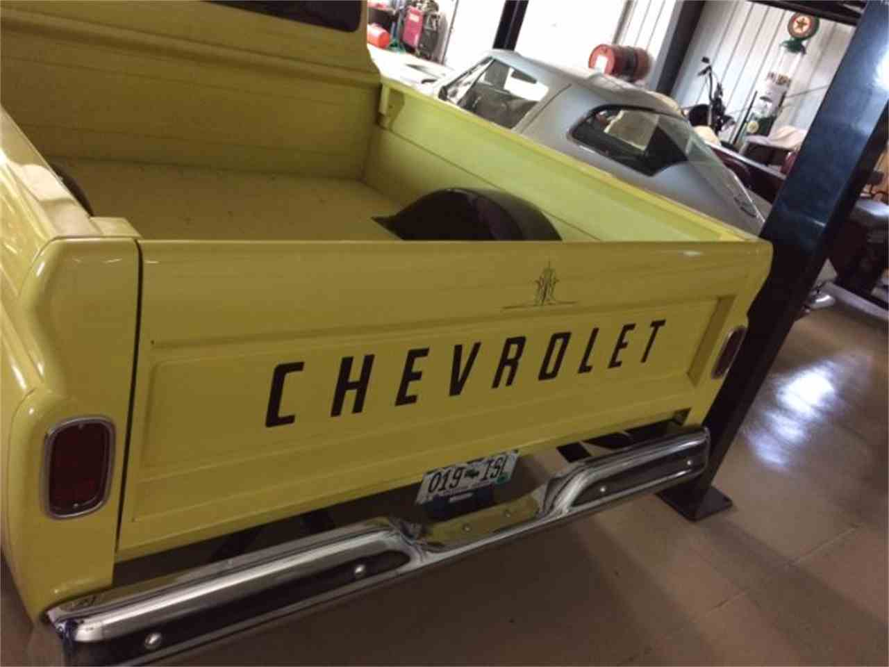 Large Picture of 1963 Chevrolet C/K 10 located in Cadillac Michigan Offered by Classic Car Deals - HNBU