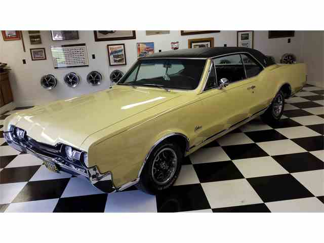 Picture of Classic '67 Cutlass Supreme located in Dimondale Michigan - $28,000.00 - HO5K