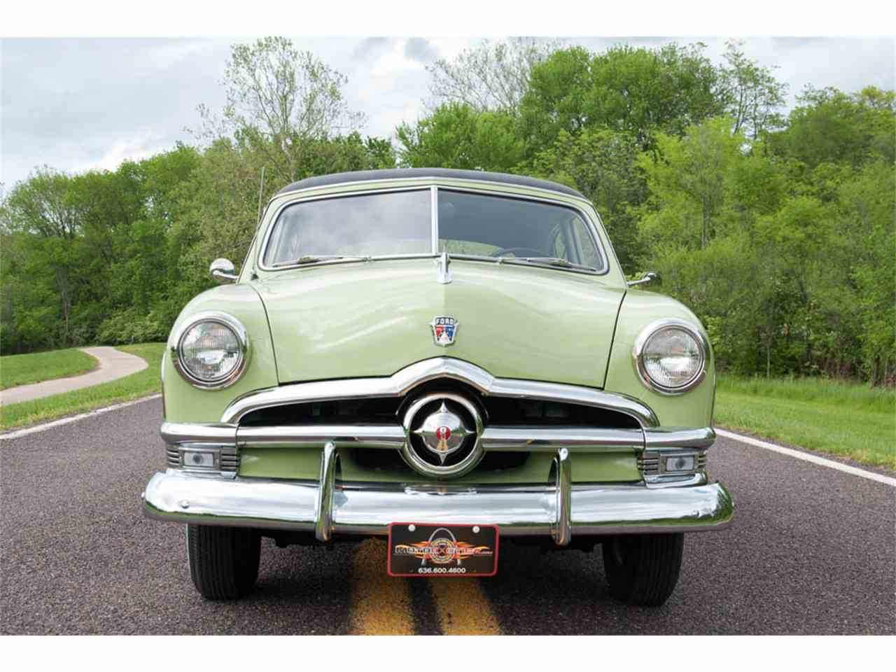 Large Picture of '50 Crestliner Tudor Sedan Offered by MotoeXotica Classic Cars - HO6T
