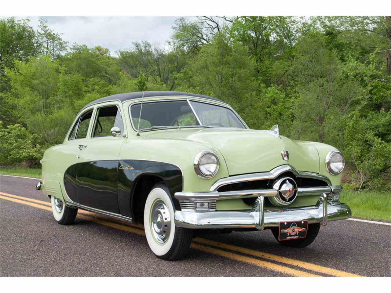 Large Picture of Classic '50 Ford Crestliner Tudor Sedan located in Missouri - HO6T