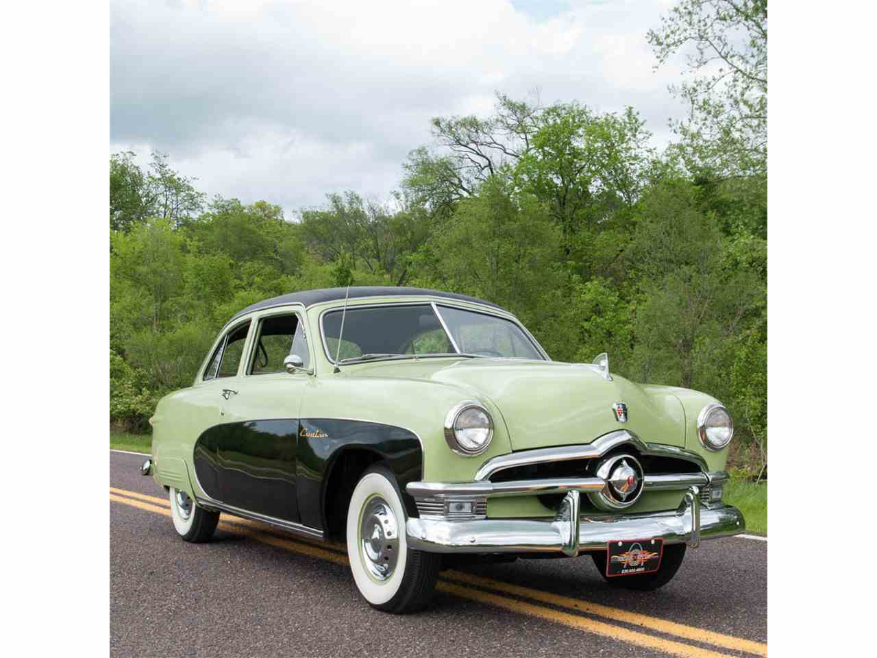 Large Picture of '50 Crestliner Tudor Sedan located in Missouri - $27,900.00 Offered by MotoeXotica Classic Cars - HO6T