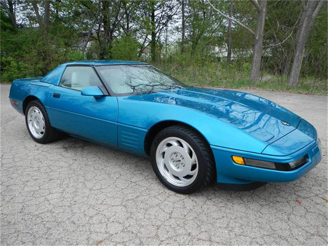 Large Picture of '92 Chevrolet Corvette located in St. Charles Illinois - $21,900.00 - HPXT