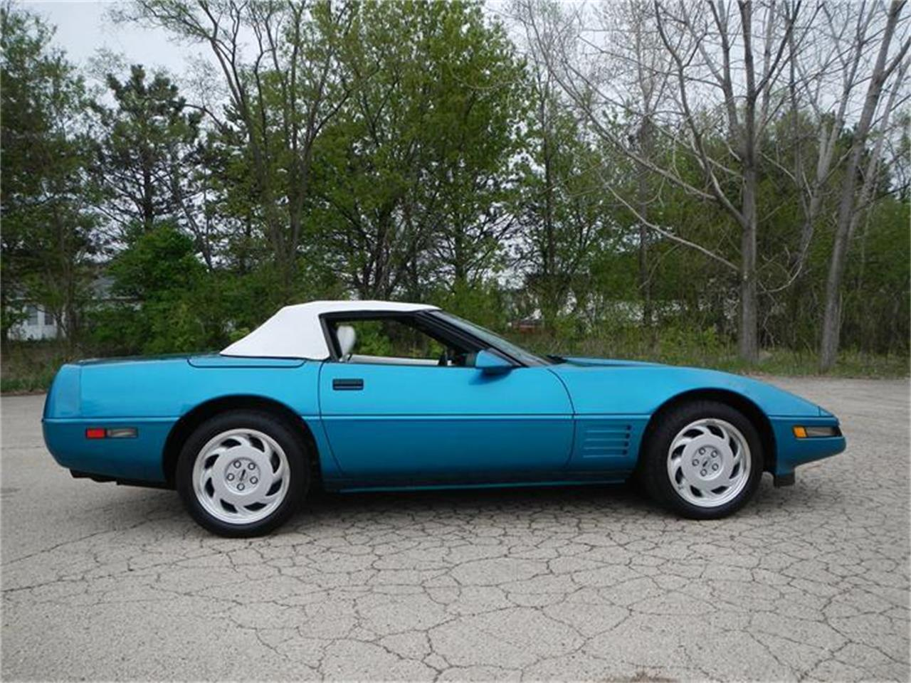 Large Picture of 1992 Chevrolet Corvette located in Illinois - $21,900.00 - HPXT