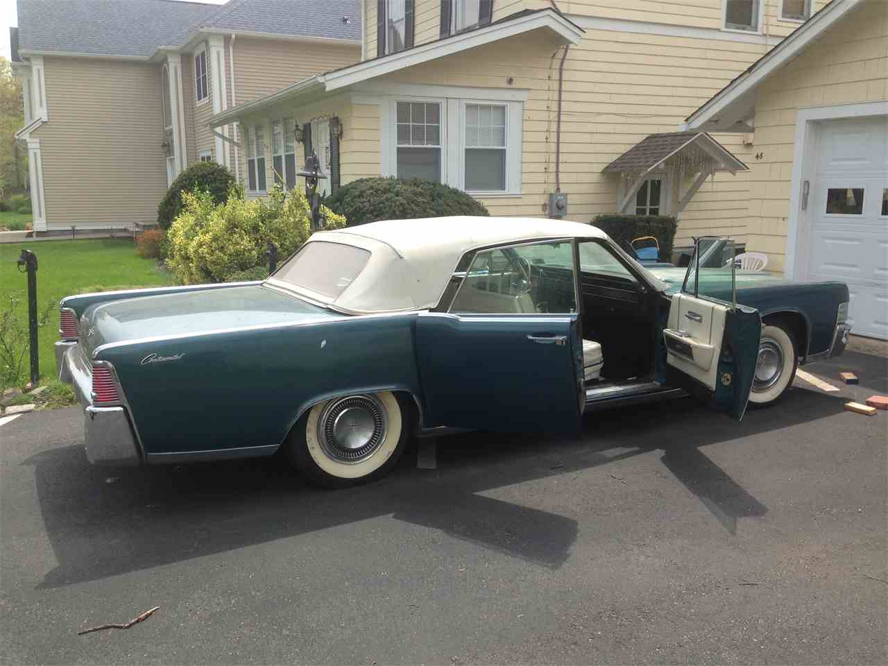 1965 Lincoln Town Car for Sale | ClassicCars.com | CC-827865