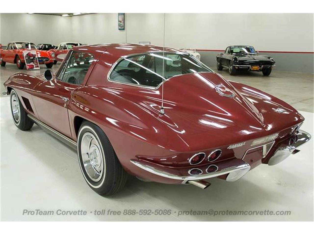Large Picture of '67 Corvette - HRT6