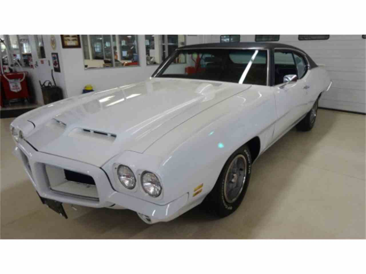Large Picture of '72 GTO - HRUW