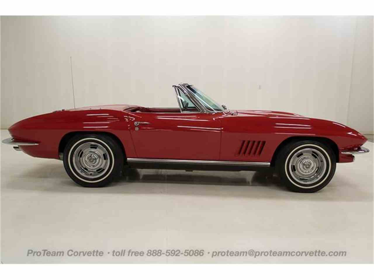 Large Picture of '67 Corvette - HS2O