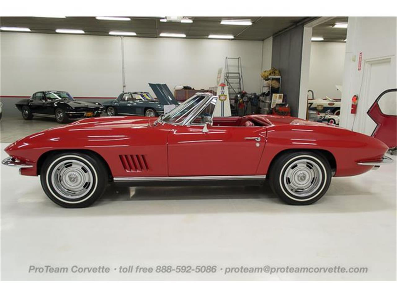 Large Picture of '67 Corvette located in Ohio Offered by Proteam Corvette Sales - HS2O