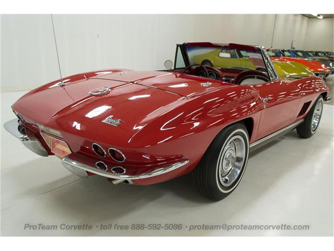 Large Picture of 1967 Corvette - HS2O