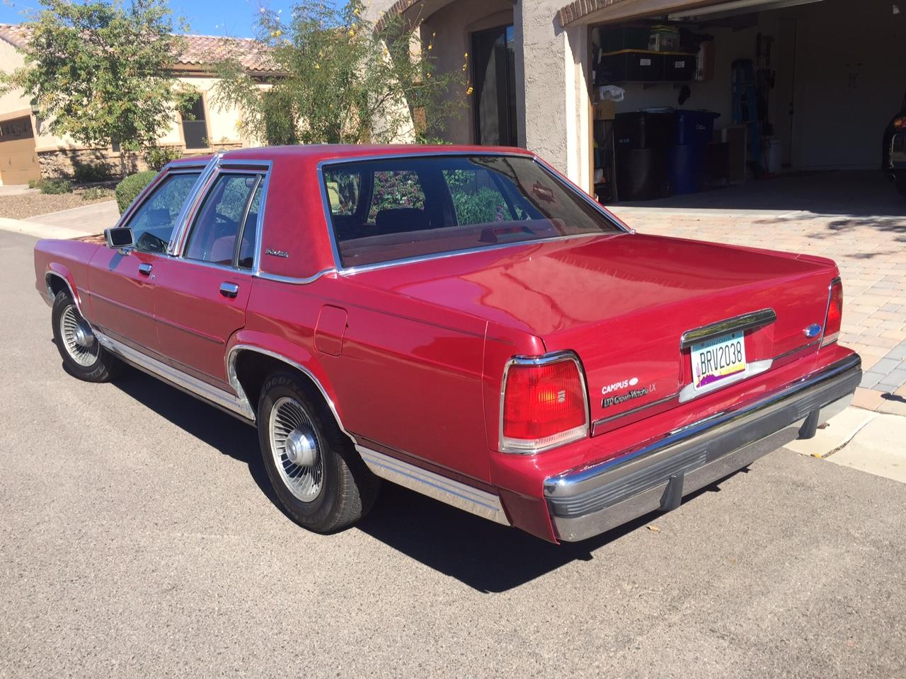 Large Picture of '90 Crown Victoria located in Mesa Arizona Offered by a Private Seller - HTFJ
