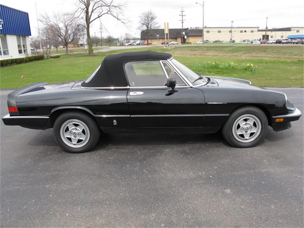 Large Picture of 1985 Alfa Romeo Spider - $11,950.00 - HTJF