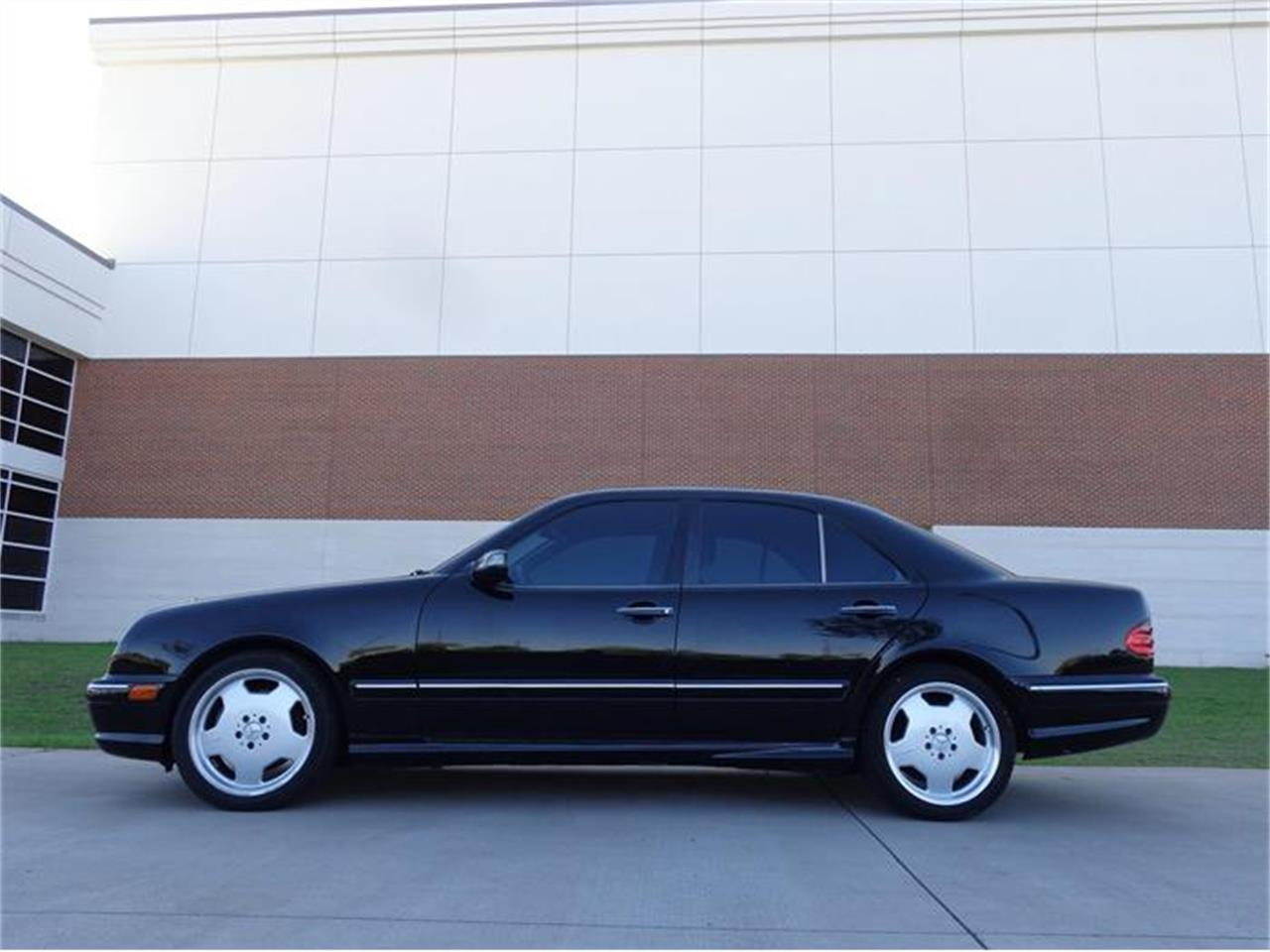 Large Picture of 2001 Mercedes-Benz E55 Offered by Enthusiast Motor Cars of Texas - HUJ9