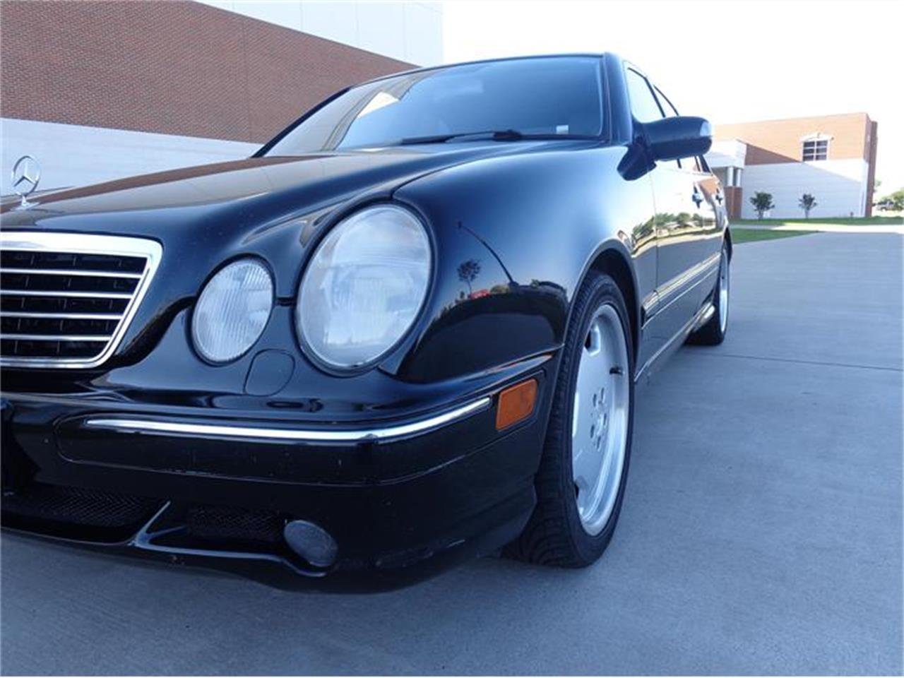 Large Picture of '01 E55 located in Texas Offered by Enthusiast Motor Cars of Texas - HUJ9