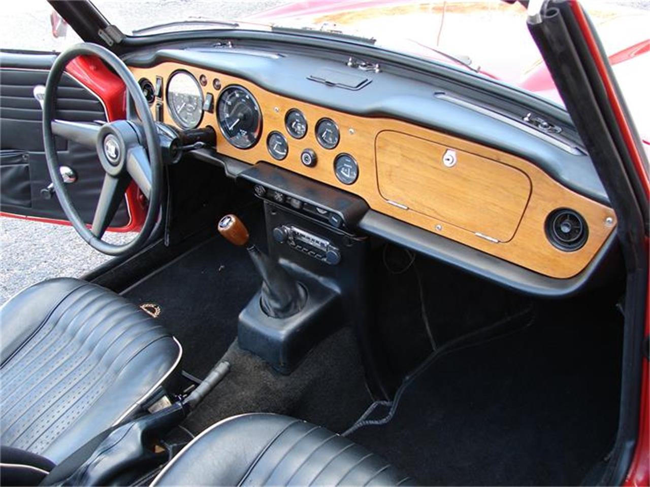 Large Picture of '68 Triumph TR250 Auction Vehicle - HSRP