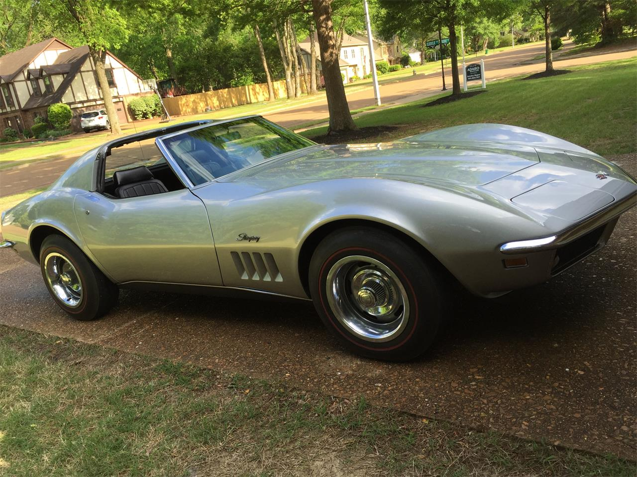 Large Picture of '69 Corvette - HVXK