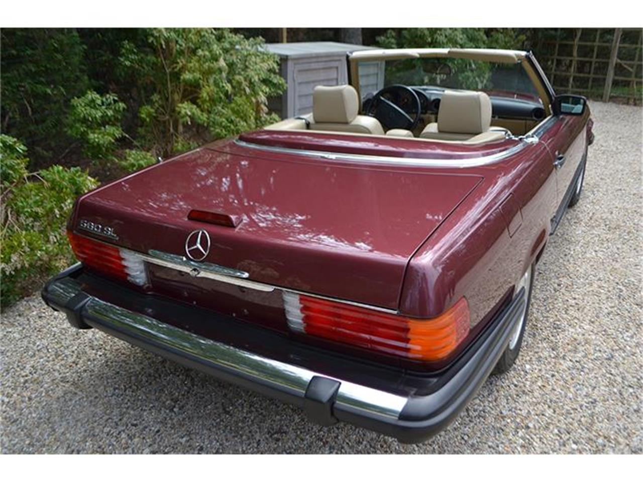 Large Picture of '89 Mercedes-Benz 560SL located in New York - HSWO
