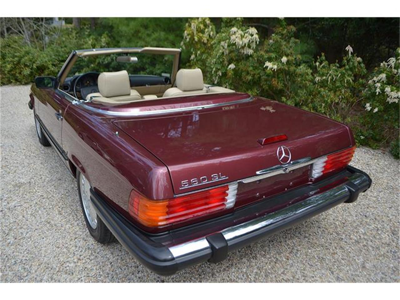 Large Picture of '89 560SL located in Southampton New York - HSWO