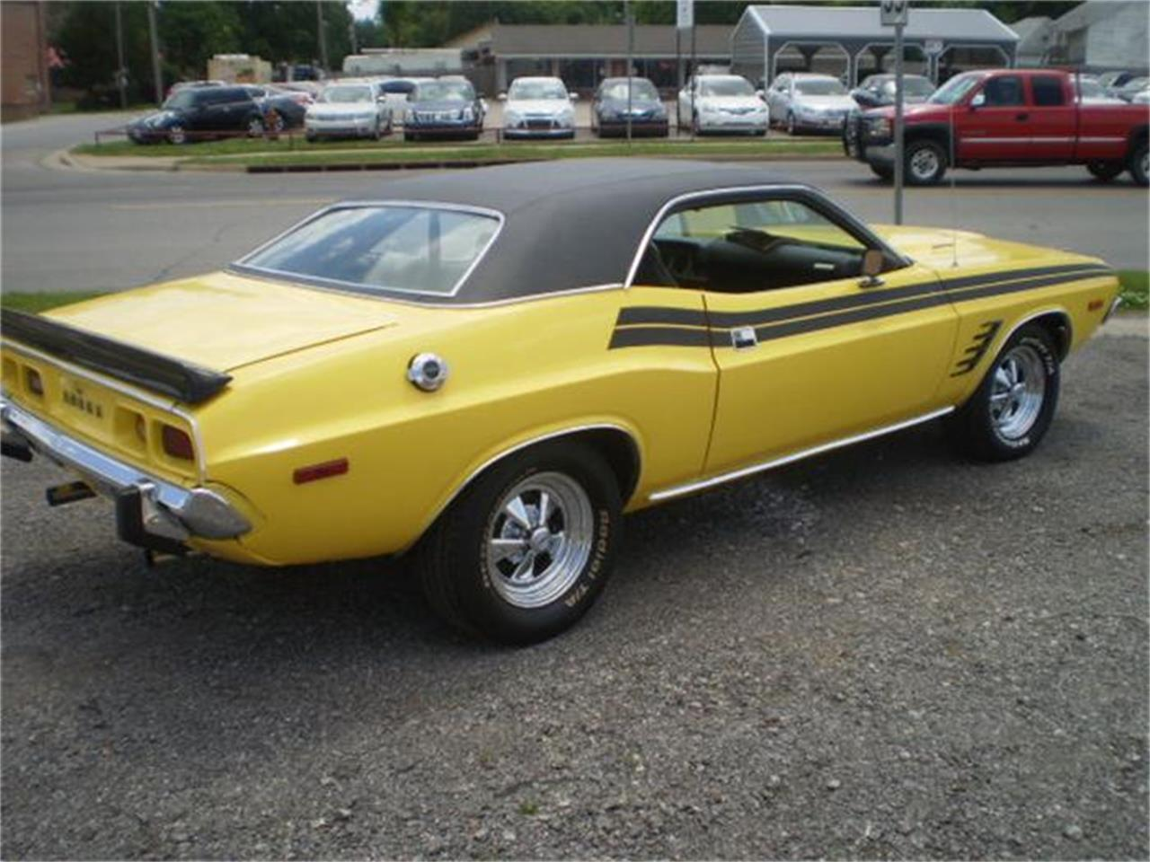Large Picture of '73 Challenger R/T - HY64