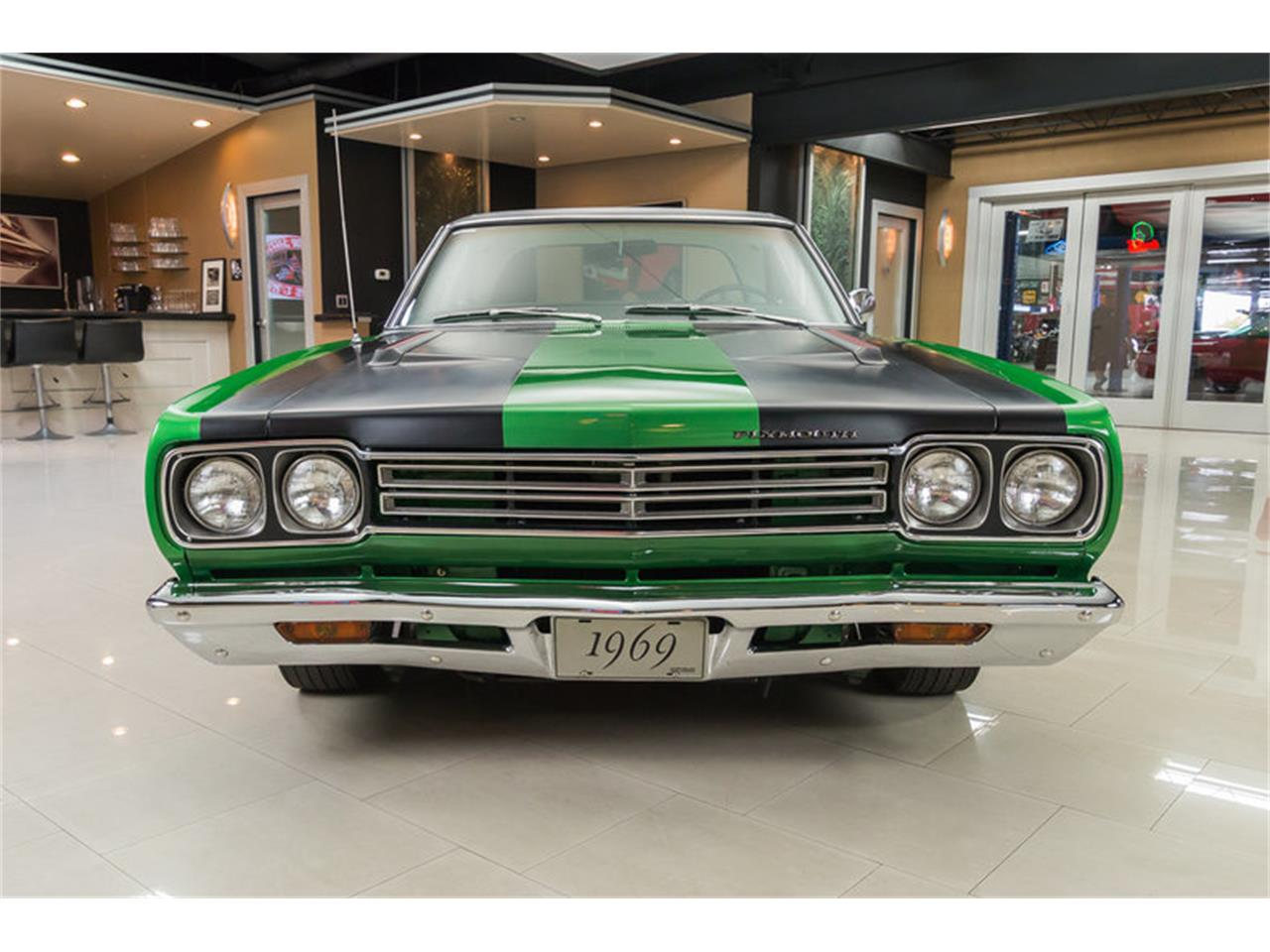 Large Picture of 1969 Plymouth Road Runner - HYAT