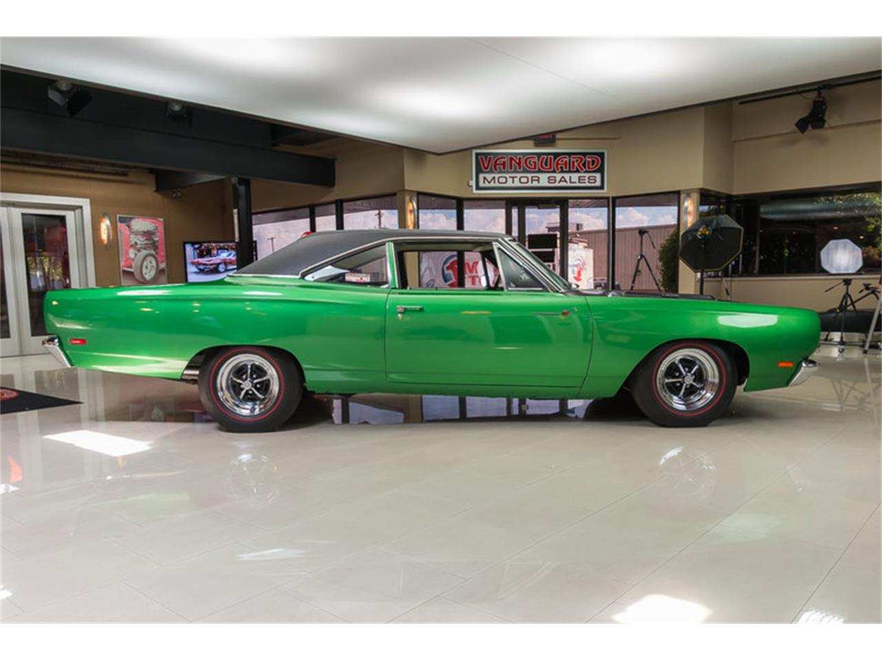 Large Picture of Classic 1969 Road Runner located in Michigan - HYAT