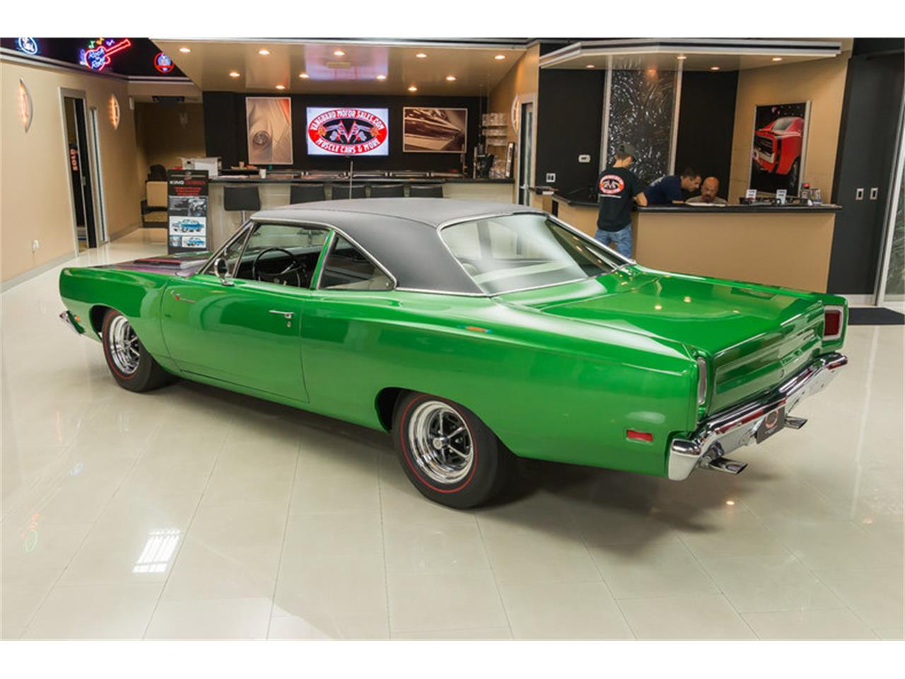 Large Picture of '69 Plymouth Road Runner located in Michigan - HYAT