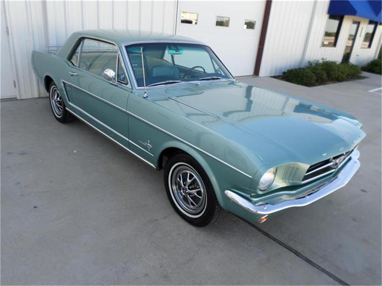 Large Picture of 1965 Ford Mustang Offered by Texas Trucks and Classics - HYFV