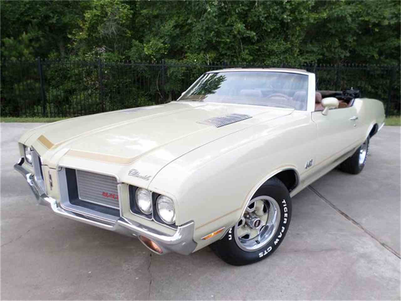 Large Picture of '72 Cutlass Supreme - HZEF